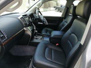 2014 Toyota Landcruiser VX (4x4) Wagon.