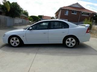 2005 Holden Commodore Lumina Sedan.