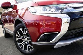 2017 Mitsubishi Outlander ES 2WD Wagon.
