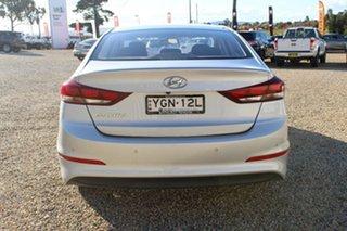 2017 Hyundai Elantra Active 2.0 MPI Sedan.
