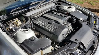 2005 BMW 325Ci Coupe.