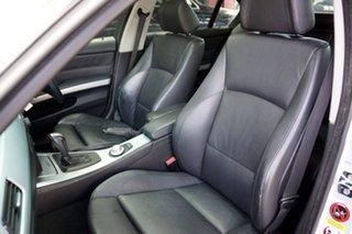 2005 BMW 325i Sport Steptronic Sedan.