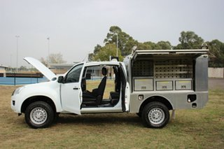 2014 Isuzu D-MAX SX Space Cab Cab Chassis.