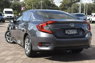 2017 Honda Civic VTi Sedan.