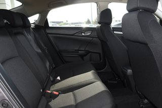 2017 Honda Civic VTi Sedan.