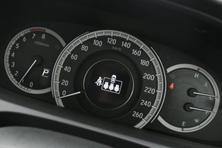 2018 Honda Accord VTi-L Sedan.