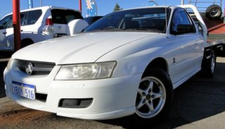 2004 Holden One Tonner Cab Chassis.