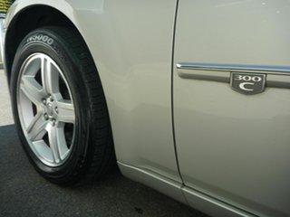 2010 Chrysler 300C HEMI Sedan.