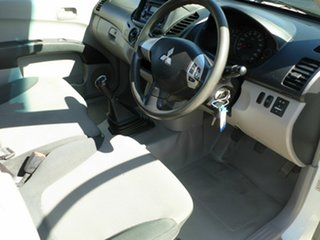 2010 Mitsubishi Triton GLX 4x2 Utility.