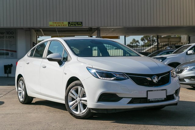 Demonstrator, Demo, Near New Holden Astra LS Plus, Oakleigh, 2018 Holden Astra LS Plus BL MY17 Sedan