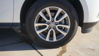 2015 Nissan Pathfinder ST X-tronic 2WD Wagon.