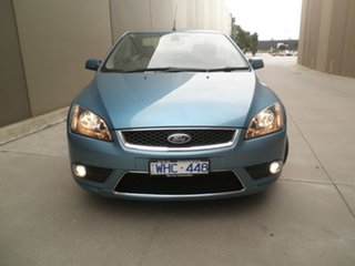 2007 Ford Focus Coupe Cabriolet Convertible.