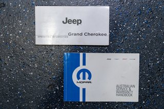 2015 Jeep Grand Cherokee Laredo (4x4) Wagon.