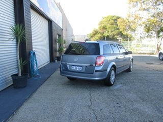 2005 Holden Astra CD Wagon.