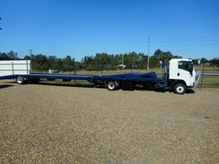 2009 Isuzu FRR Car Carrier.