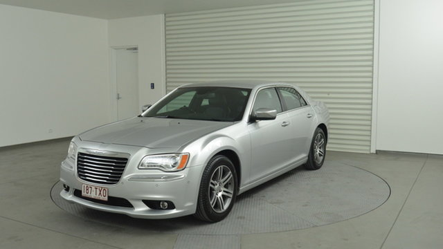 Used Chrysler 300 C E-Shift Luxury, Narellan, 2013 Chrysler 300 C E-Shift Luxury Sedan