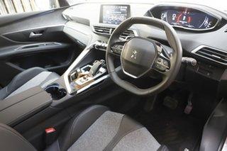 2017 Peugeot 5008 Allure Wagon.
