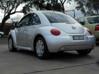 2000 Volkswagen Beetle 2.0 Hatchback.