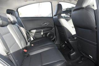 2019 Honda HR-V +Luxe SUV.