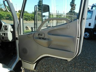 2010 Hino 300 Tray Dropside.