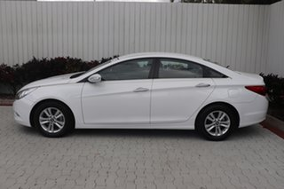 2012 Hyundai i45 Active Sedan.