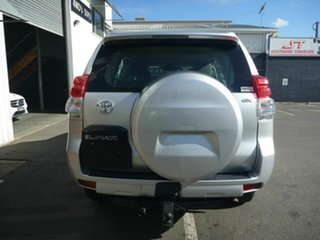 2011 Toyota Landcruiser Prado GX Wagon.