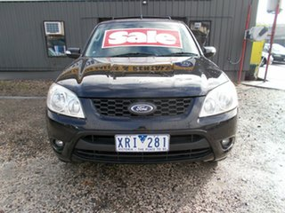 2009 Ford Escape Wagon.