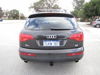 2007 Audi Q7 FSI Quattro Wagon.