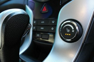2013 Holden Cruze SRi-V Sedan.
