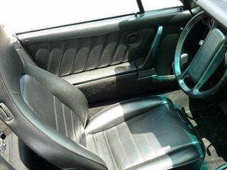 1986 Porsche 911 Carrera Cabriolet.
