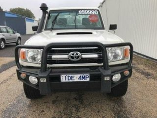 2015 Toyota Landcruiser GXL (4x4) Cab Chassis.