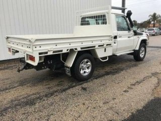 2013 Toyota Landcruiser GXL (4x4) Cab Chassis.
