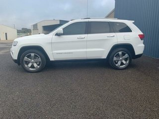 2015 Jeep Grand Cherokee Limited (4x4) Wagon.