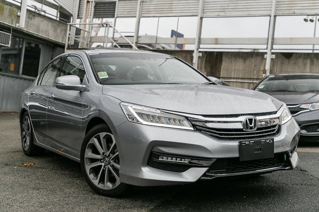 Demonstrator, Demo, Near New Honda Accord VTi-L, Oakleigh, 2018 Honda Accord VTi-L 9th Gen MY18 Sedan