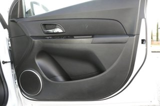 2014 Holden Cruze SRi Hatchback.