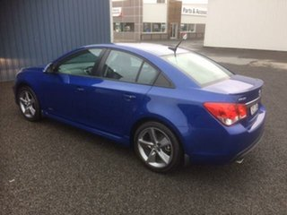 2016 Holden Cruze SRI Z-Series Sedan.