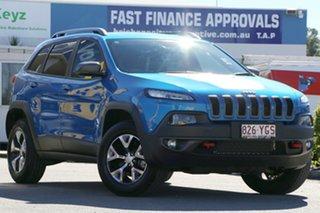 2017 Jeep Cherokee Trailhawk Wagon.