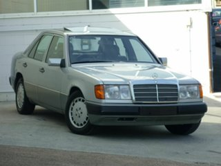 1990 Mercedes-Benz 300 E 24V Sedan.