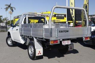 2014 Mitsubishi Triton GL 4x2 Cab Chassis.