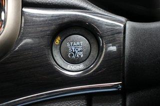 2013 Jeep Grand Cherokee Overland Wagon.