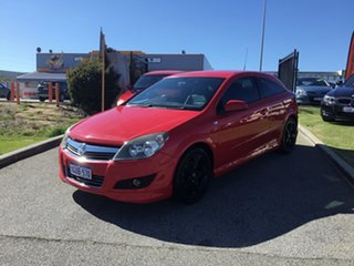 2007 Holden Astra CDX Coupe.