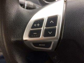 2014 Mitsubishi Triton GLX (4x4) Club Cab Chassis.