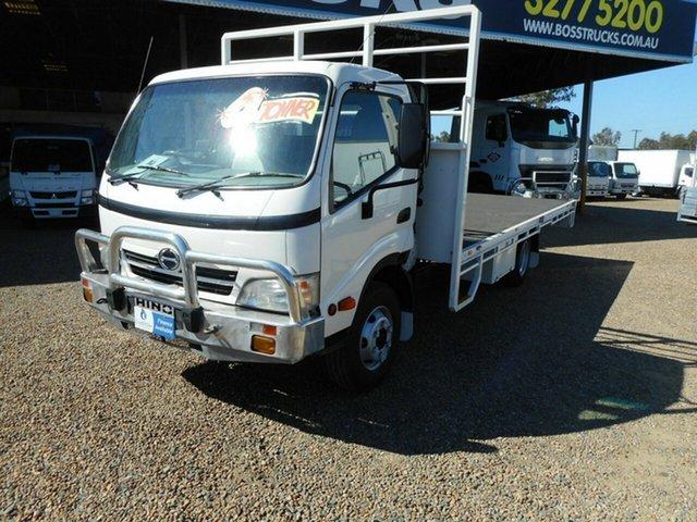 Used Hino 916, Rocklea, 2008 Hino 916 Tray Truck