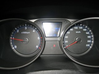 2010 Hyundai ix35 Highlander (AWD) Wagon.