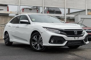 Demonstrator, Demo, Near New Honda Civic VTi-LX, Oakleigh, 2019 Honda Civic VTi-LX 10th Gen MY19 Hatchback