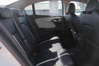2015 Holden Calais Sedan.