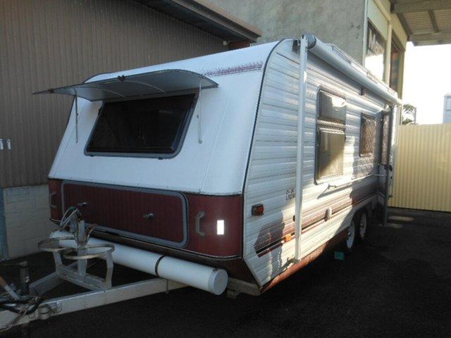 Used Golf Challenger, Pialba, 1997 Golf Challenger Caravan