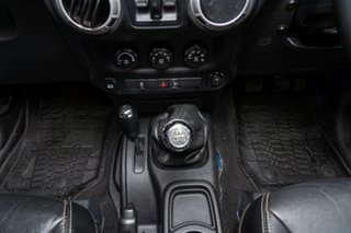 2014 Jeep Wrangler Unlimited Freedom (4x4) Softtop.