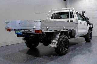 2014 Ford Ranger XL 3.2 (4x4) Cab Chassis.