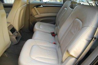 2011 Audi Q7 TDI Tiptronic Quattro Wagon.